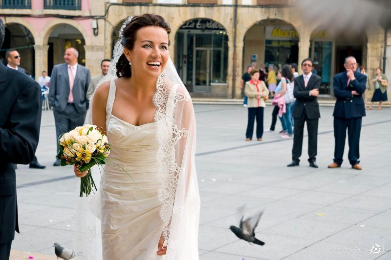 Ceremonia de boda en el Ayuntamiento de Avilés