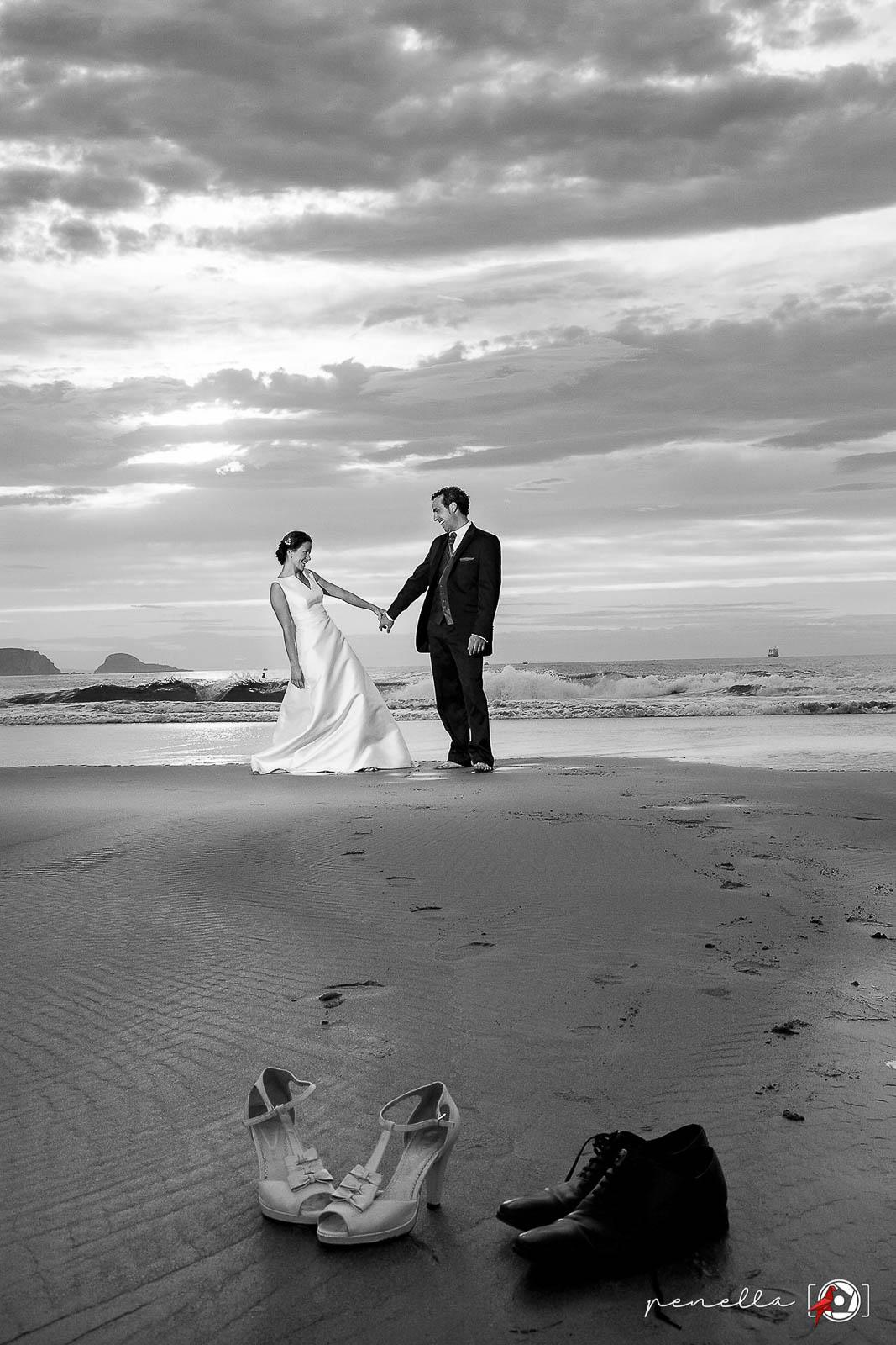 Fotografía en blanco y negro del fotógrafo de bodas en Asturias, Soto del Barco, Avilés, Oviedo o Gijón Penella Fotografía