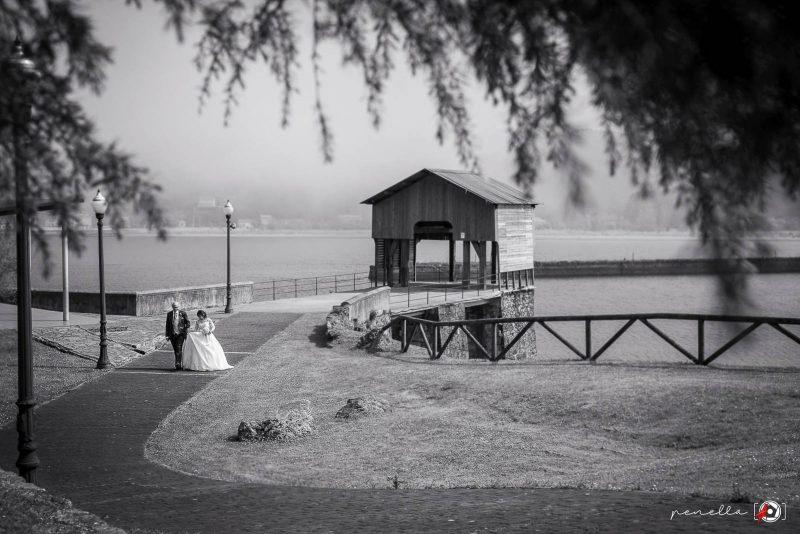 Fotógrafo de bodas en Soto del Barco, Avilés, Gijón y Oviedo Penella, fotografía en blanco y negro