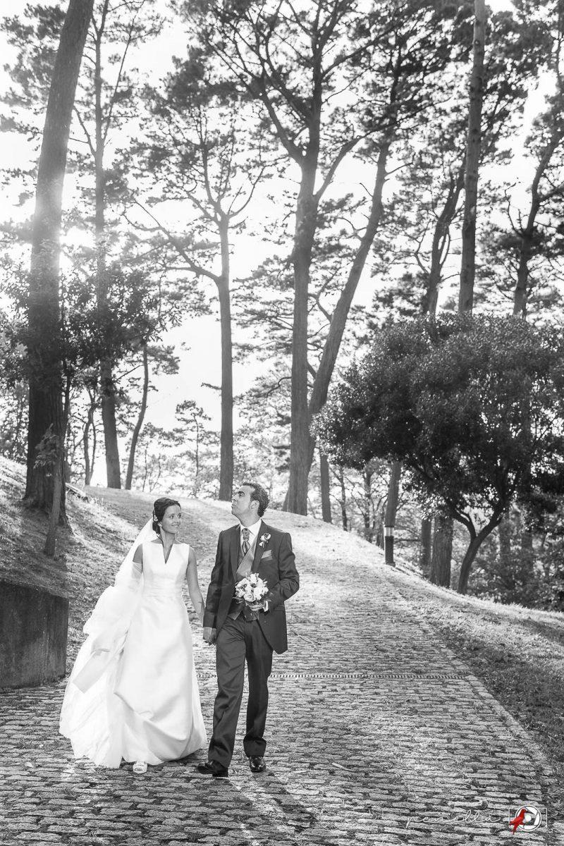 Fotógrafo de bodas en Asturias, Oviedo, Avilés y Gijón, fotografía en blanco y negro de Penella Fotografía