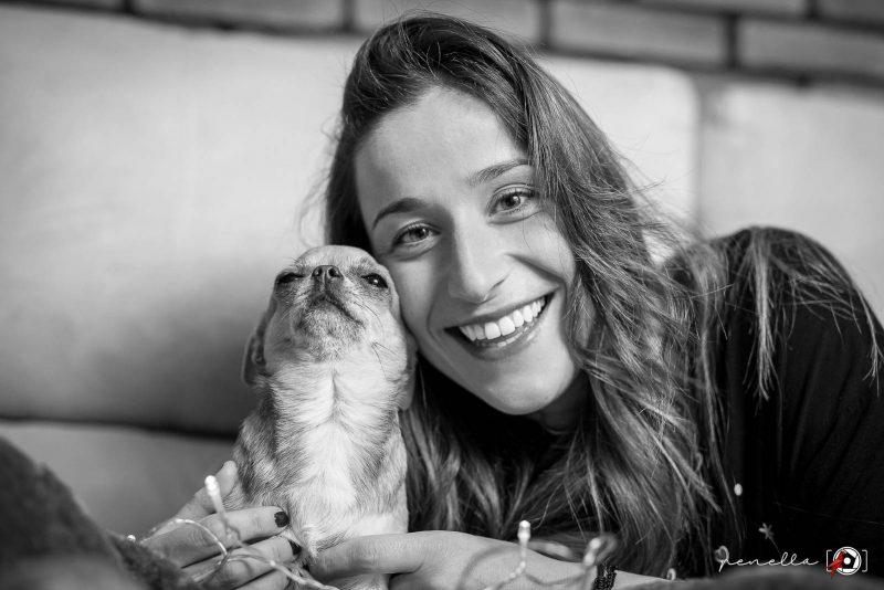 Penella, fotógrafo de mascotas a domicilio en Soto del Barco, fotografía en blanco y negro