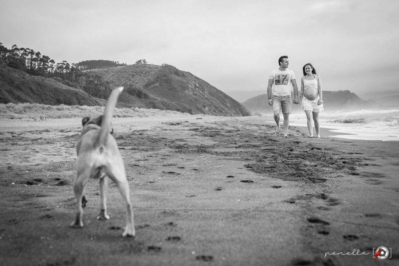 Foto de embarazo y reportajes de premamá y embarazadas en Asturias, Gijón, Avilés y Oviedo del fotógrafo Penella Fotografía