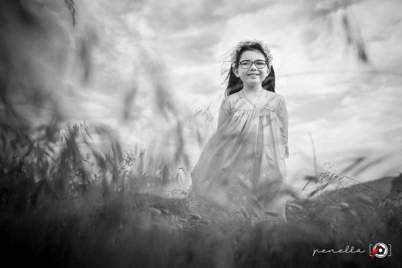 Foto infantil de niños, niñas, chicos y chicas de Penella Fotografía en blanco y negro