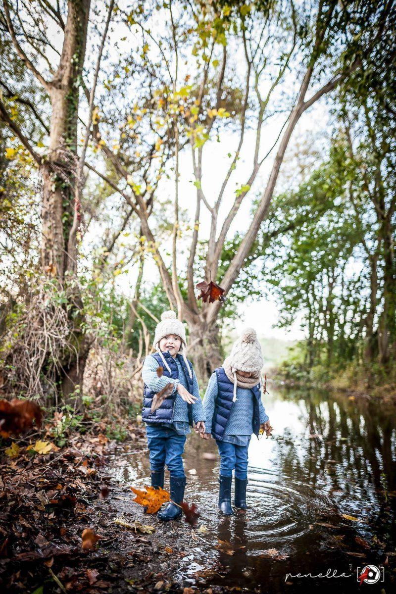 Foto infantil y de niños en sesión fotográfica de otoño en Asturias, Avilés, Oviedo y Gijón PenellaFotografia.com