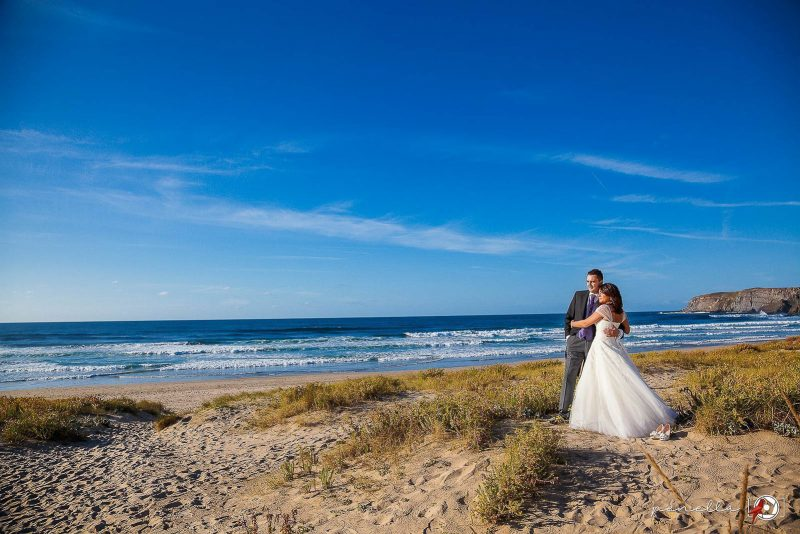 fotografía de boda en la playa de xagó en Asturias, del fotógrafo Penella Fotografía