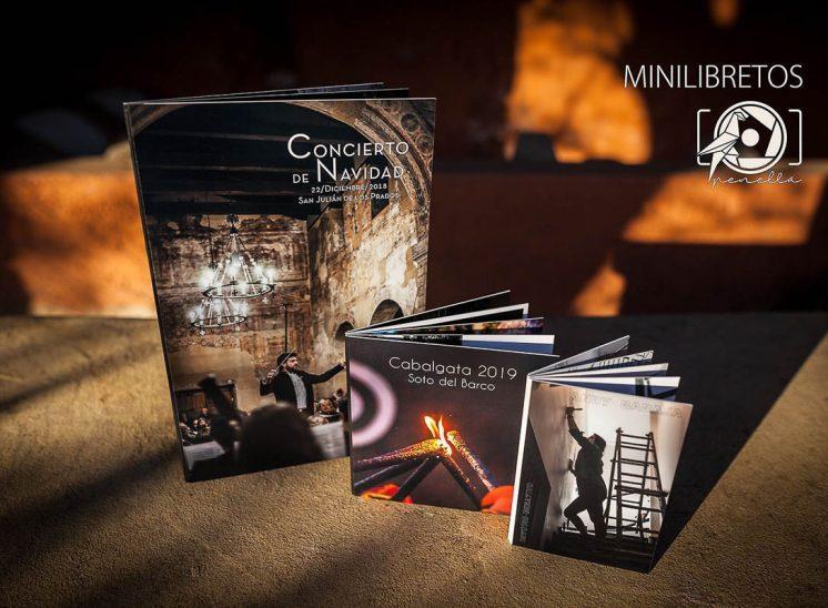 álbumes minilibretos como complemento de sesión de la fotógrafa Penella Fotografía en Asturias