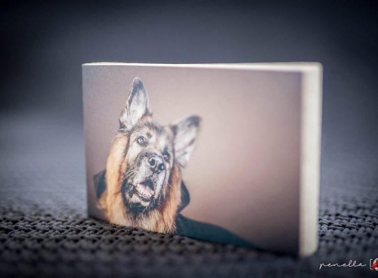 recordatorio de taco de madera, complementos del fotógrafo Penella Fotografía en Asturias